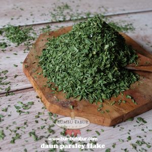daun parsley flake www